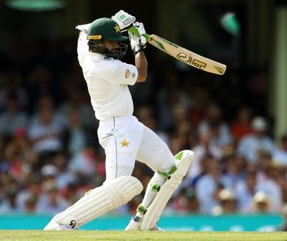 PHOTOS: Azhar, Younus rally Pakistan after Australia post huge score