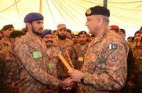 Pakistan Army Chief visits Strike Corps at Multan Garrison