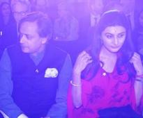 Shashi Tharoor's royal friend creates a buzz