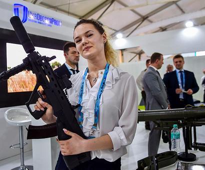 PHOTOS: The big guns on display at DefExpo