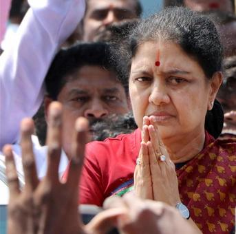 'TN govt will herald new era of development under guidance of Sasikala'
