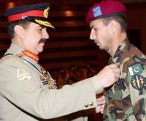 COAS confers military awards on officers and soldiers at GHQ