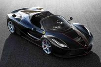 2016 Ferrari LaFerrari Aperta loses its top but retains its figures, all sold out