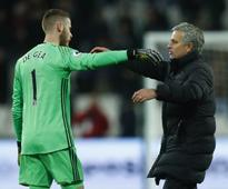 Premier League: David De Gea will stay at Manchester United this season, guarantees manager Jose Mourinho