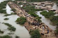 Flood engulfs several villages in Sindh