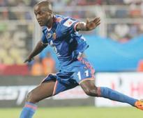 ISL 2016: FC GOA Extend Reinaldos Contract, Sign Subhashish