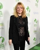 Cheryl Tiegs apologizes for plus-size comments