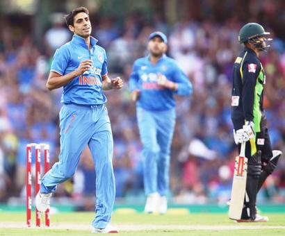 Nehra back in team for T20 series; Rahane dropped