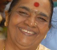 Smt Parvathamma Rajakumar ill, on ventilator