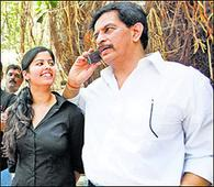 Court summons ex-cop Pradeep Sharma in e..