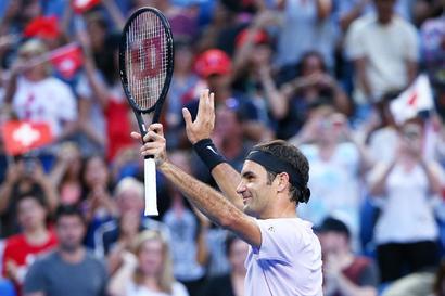 Hopman Cup: Sharp Federer gives Switzerland winning start