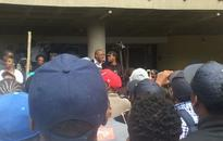 Dali Mpofu tries to broker a ceasefire at Wits