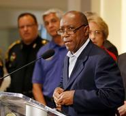 Video: Houston cops fatally shoot armed man, mayor calls for DOJ probe