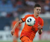Netherlands call up Vorm and Van Ginkel for England game