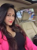 'Bade Acche Lagte Hai' actress shows off her baby bump