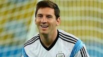 Lionel Messi announces to continue to play for Argentina