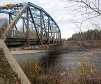 New Salmon River Bridge north of Prince George will carry heavy loads