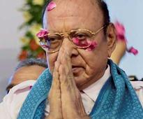 Shankersinh Vaghela says he will support Ahmed Patel if Ashok Gehlot withdraws comments against him