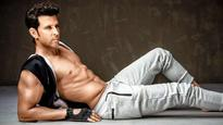WHOAA! Hrithik Roshan beats Robert Pattinson, Tom Hiddleston and others to become the most handsome actor in the world!