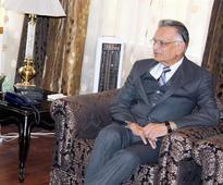 Shivraj Patil spares CM Naveen Patnaik, targets PM Modi