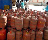 Direct cash transfer for LPG: Govt forced to mull drop boxes