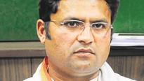 Sahara list: Sheila Dikshit should give explanation, says Ashok Tanwar