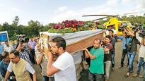 Anti-Pak slogans raised in Dahanu as bodies arrive