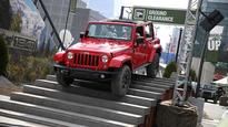 Fiat Chrysler US April auto sales rise 6%