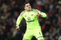 Vito Mannone desperate to shine against Burnley: Sunderland keeper had nightmare weekend