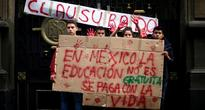 Students Join Teachers Strike by Blocking Roads in Mexico City Center