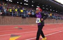 100-yr-old breaks 100m world record