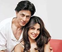 Shahrukh Khan praises Priyanka for winning People's Choice Award