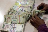 Rupee extends fall for 9th straight day, here is why