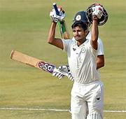 Vidarbha close in on Ranji title after Wadkar's maiden ton
