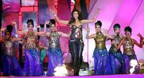 Glamour, glitz galore at IPL opening
