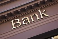 MNB delays application of capital buffers for big banks