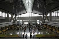 Ceiling collapse at Manila airport injures passenger
