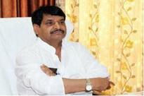As SP implodes, Shivpal sings 'Kasme Vaade'