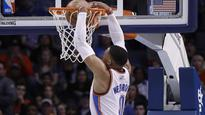 Spurs G Jonathan Simmons dunks, blocks everything against Wizards (VIDEO)