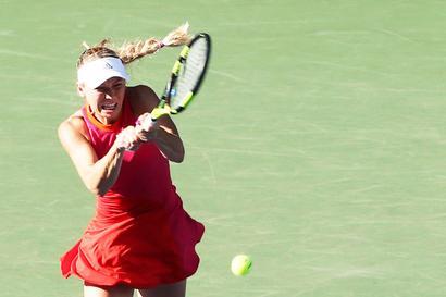 Sports Shorts: Wozniacki stuns Muguruza to move into final in Tokyo
