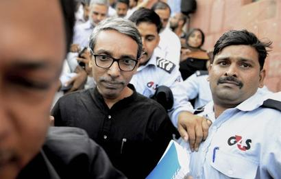 JNU VC freed after students hold him hostage for 20 hours