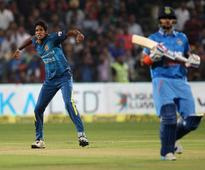 Live Score India vs Sri Lanka, 1st T20I: Ashish Nehra Strikes in First Over, India Fight Back