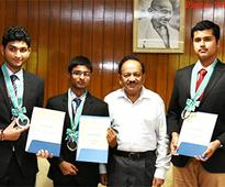 Indian high school students won four silver medals in 10th International Earth Science Olympiad