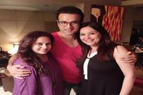 90s popular show 'Baat Ban Jaaye' cast Rohit Roy and Niki Walia reunite