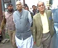 Kashmir logjam: BJP's Yashwant Sinha leads team to initiate talks with Hurriyat