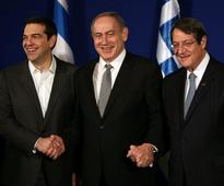 Israel, Greece, Cyprus plan joint firefighting...