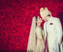 Sneak peek into Rahul Sharma and Asin's wedding album