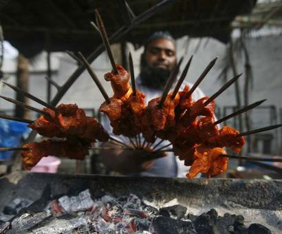 RSS leader: 'Gosht' is cow meat, Quran prohibits eating it