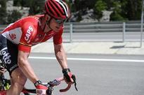 Greipel roars to Giro win, Dumoulin still in pink