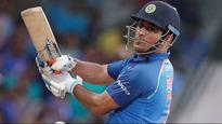 India vs Austalia: Dhoni deserves a movie every 20 years- Twitter celebrates another vintage MSD knock